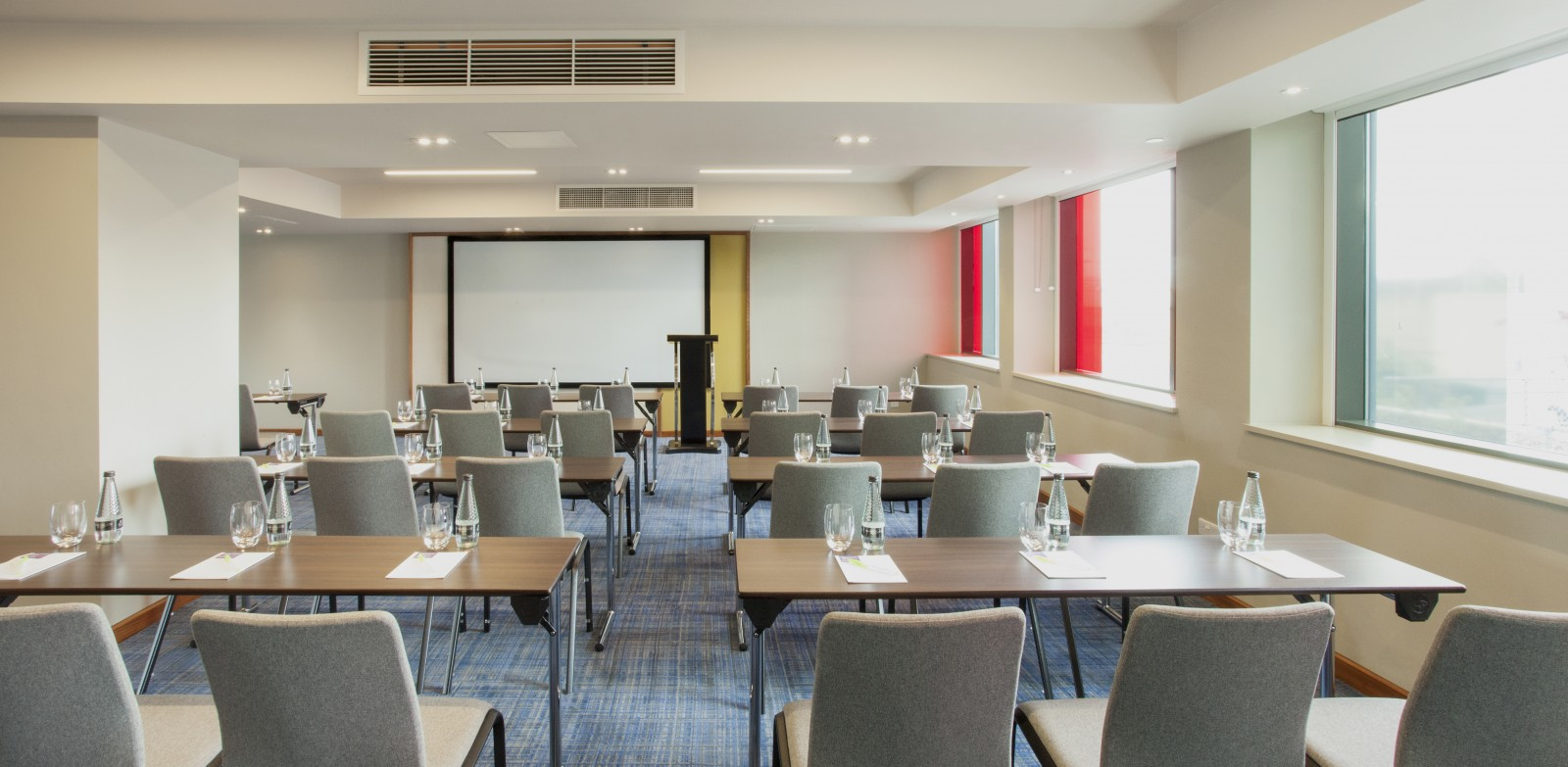 8-HyattPlacePresentation_Room_3_with_board - Juttla Architects